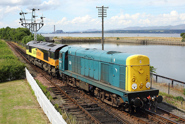 20020 and 66849, Bo'ness 27/7/2013