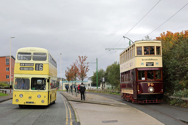 1 FHF451 and Tram 70, Birkenhead 1/10/2017