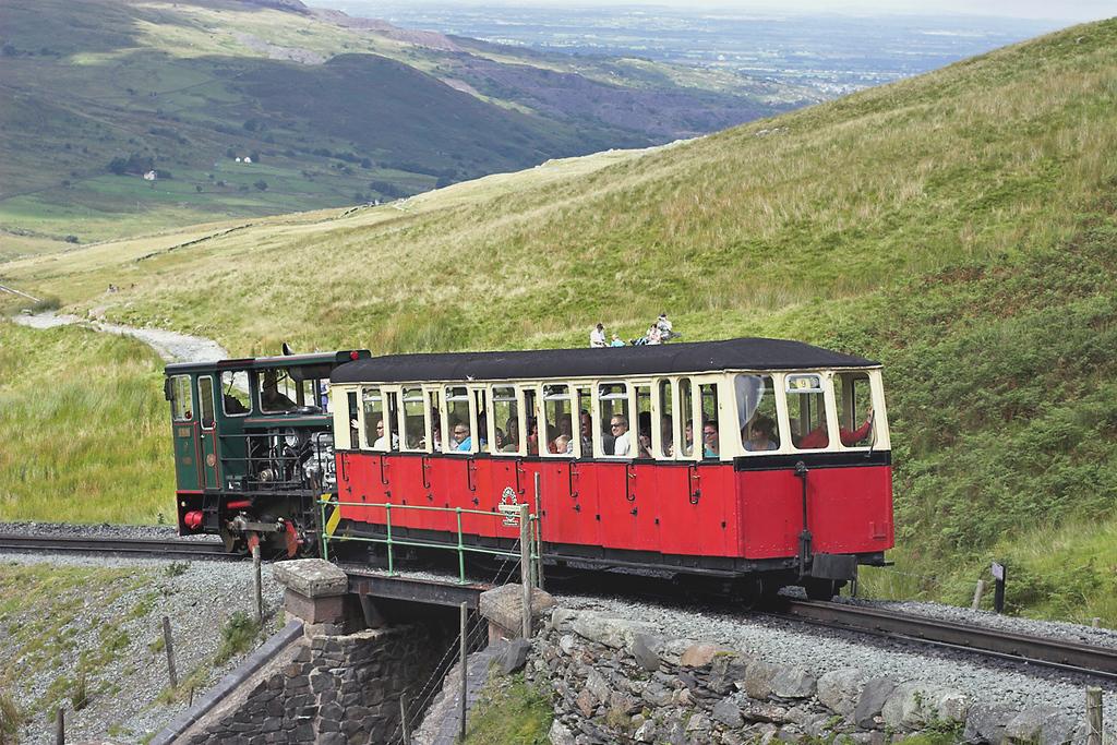 9 'Ninian', Halfway 8/8/2012<br /> 1230 Llanberis-Snowdon Summit