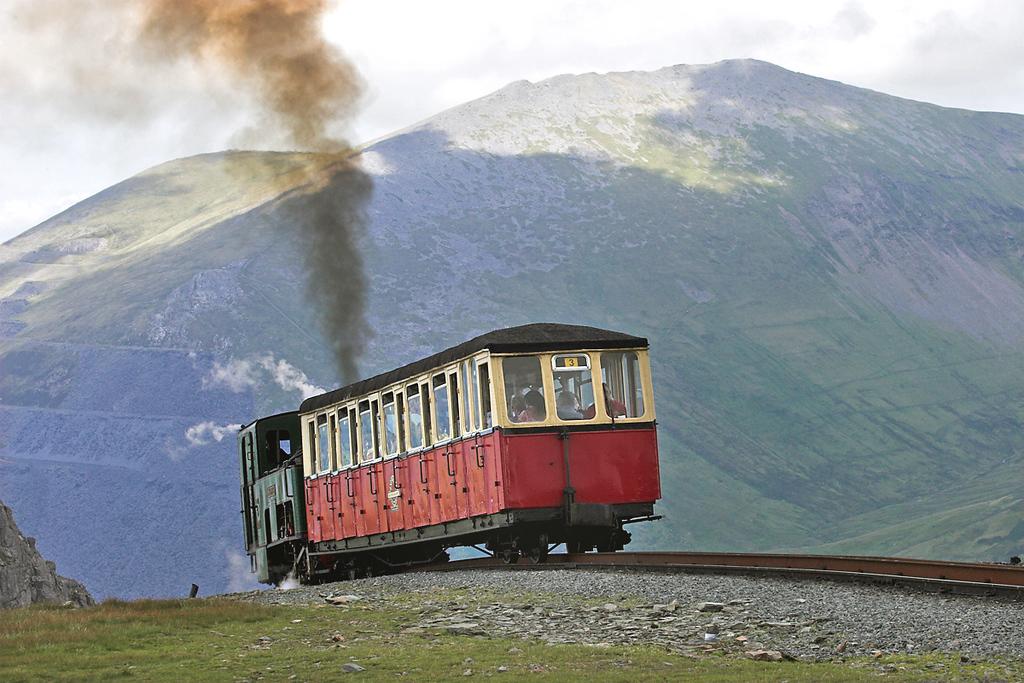 3 'Wyddfa', Clogwyn 8/8/2012<br /> 1300 Llanberis-Snowdon Summit