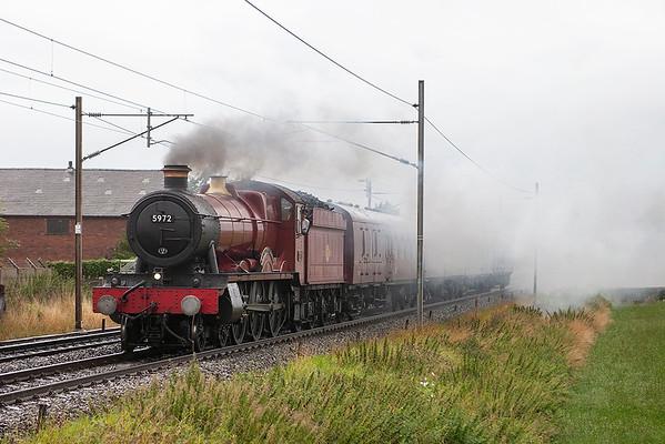 5972 'Hogwarts Castle', Brock 29/8/2006 5Z59 0621 Carnforth-Hornsey EMU Depot