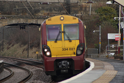 334027 drawing into Johnstone on a service to Ayr