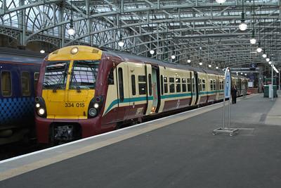 334015 at Platform 11 of Glasgow Central