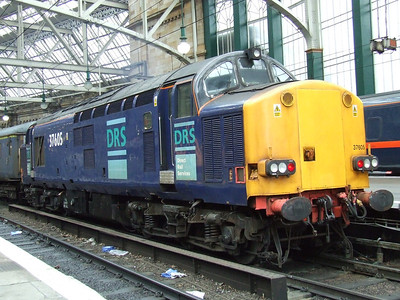 37605 waiting to depart Glasgow Central with the New Measurement Train on service 1Z92. It deputised for Network Rail's HST's which were unavailable.