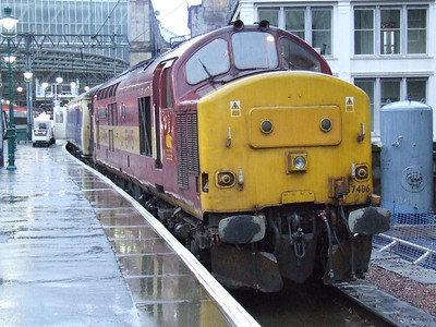37406 The Saltire Society at Glasgow Central to collcect the empty Caledonian Sleeper on service 1S26
