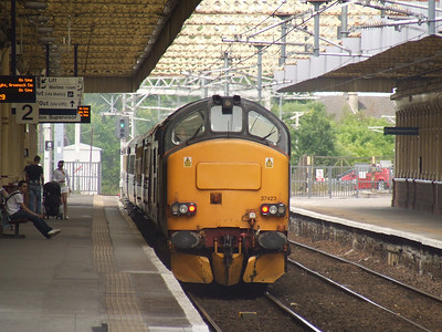 37423 Spirit Of The Lakes at the rear of the Northern Belle as it passes through Paisley Gilmour Street on a special to Wemyss Bay