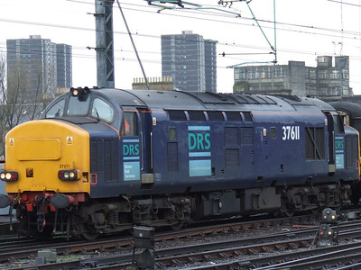 37611 calling at Glasgow Central at the head of the New Measurement Train on service 1Z92. It deputised for Network Rail's HST's which were unavailable.