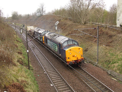 37601 passing through Elderslie with nuclear flasks from Hunterston to Carlisle Kingmoor