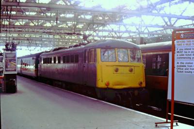 85012 at Glasgow Central on an Inter City service on 20th November 1987