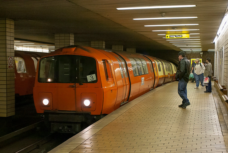 116, 119 and 127, St Enoch 26/4/2006