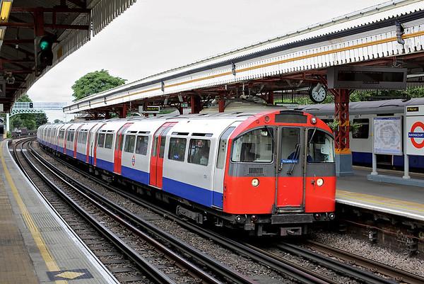 Piccadilly Line 174, Ravenscourt Park 10/8/2013