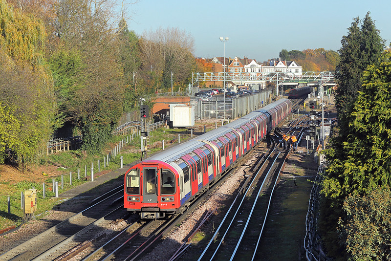 Central Line 91149, Woodford 17/11/2017