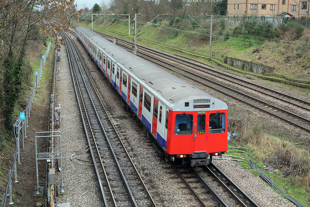District Line 7108, Hornchurch 15/1/2014