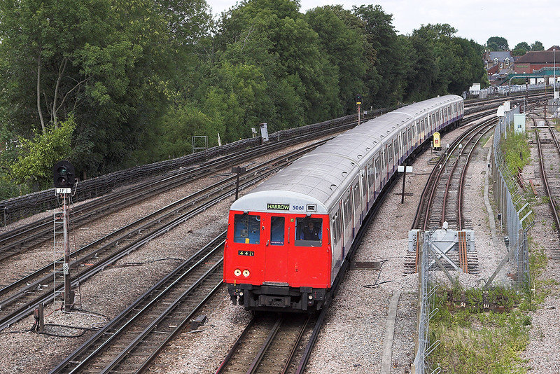 Metropolitan Line 5061, Northwood 24/7/2010
