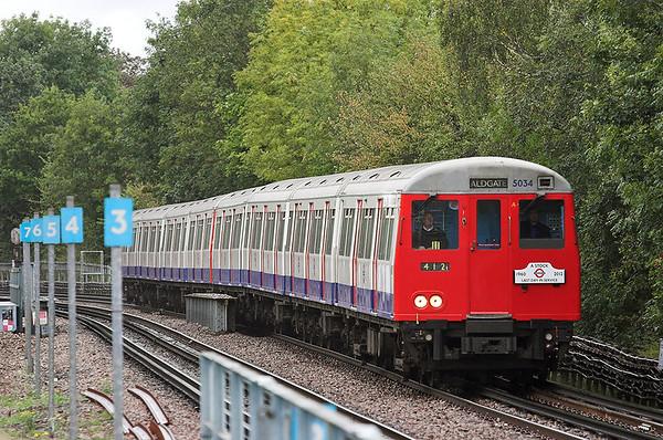Metropolitan Line 5034, Pinner 26/9/2012