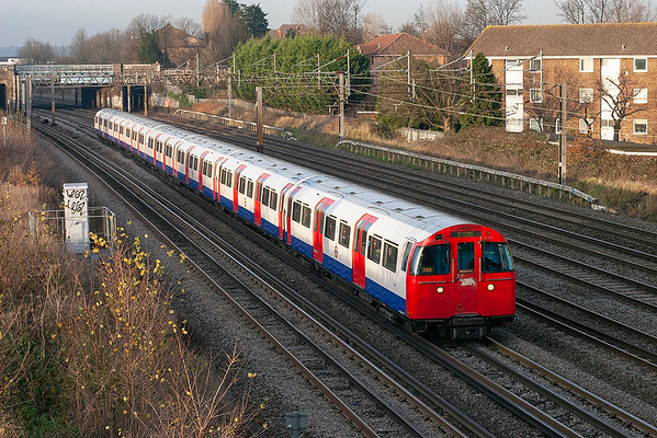 Bakerloo Line 3232, Kenton 1/12/2009