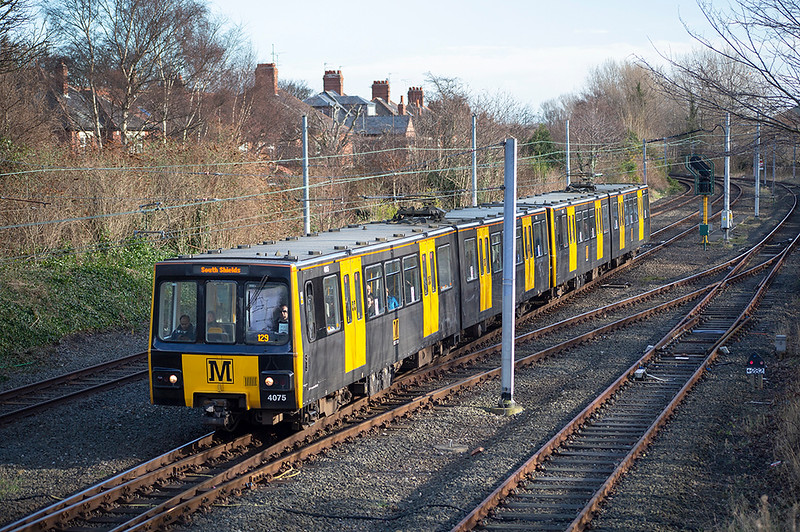 4075 and 4018, Monkseaton 10/2/2014