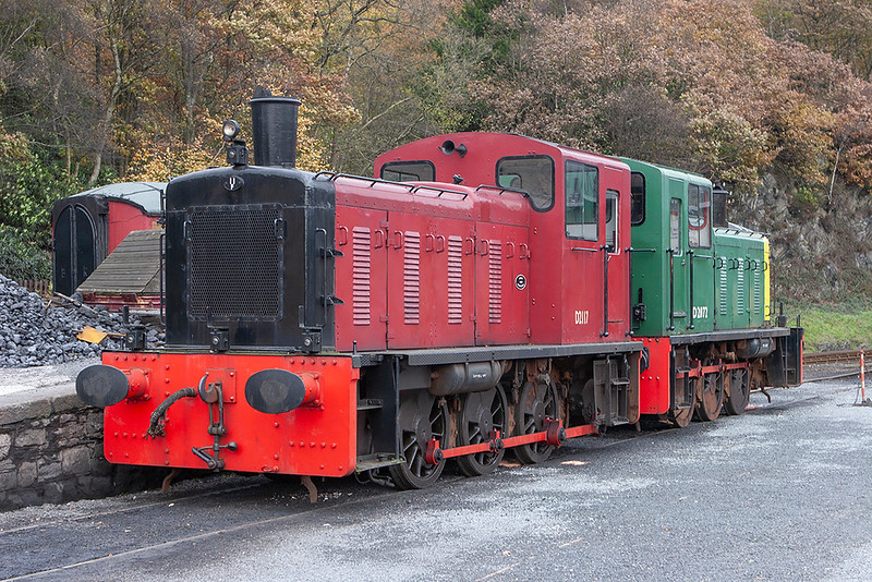 D2117 and D2072, Haverthwaite 11/11/2006