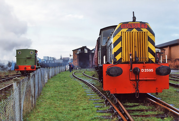 D2595 Steamport, Southport 29/11/1997