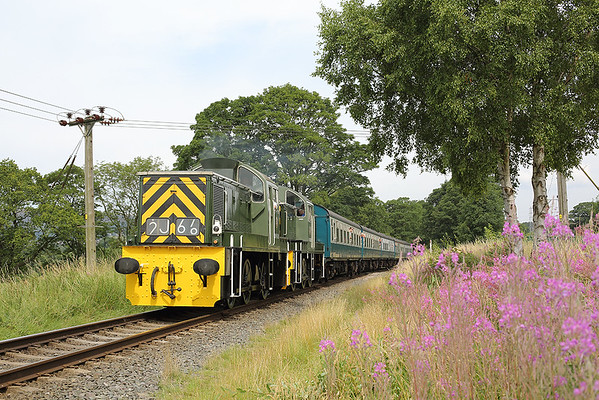 D9555 and D9520, Walmersley 26/7/2014 1J66 1121 Rawtenstall-Heywood