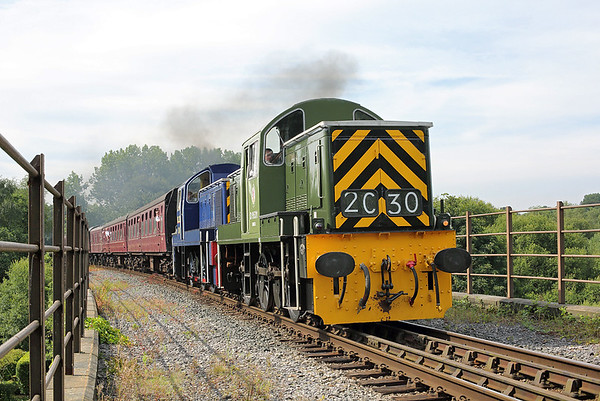 D9531 and D9513, Summerseat 26/7/2014 2E21 1015 Bury Bolton Street-Ramsbottom