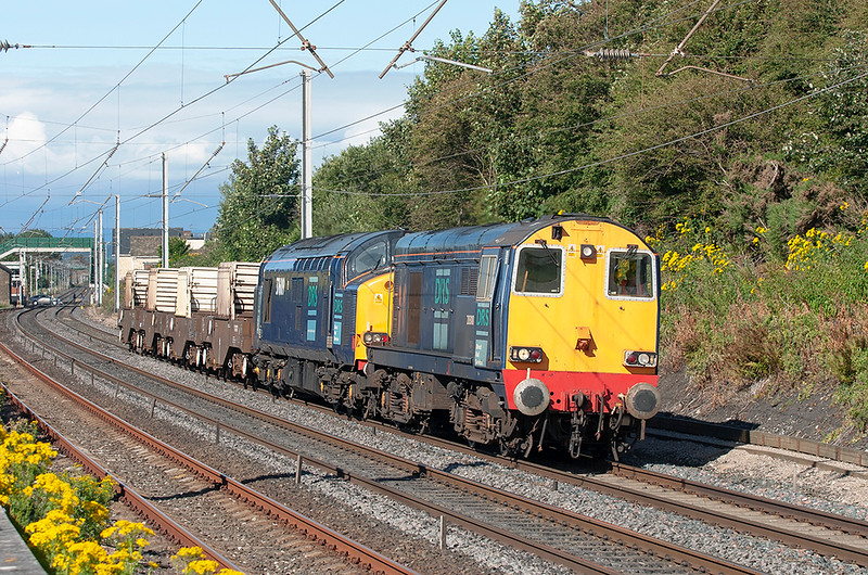20308 and 37609 Hest Bank 1/8/2005<br /> 6K73 1535 Sellafield-Crewe CLS