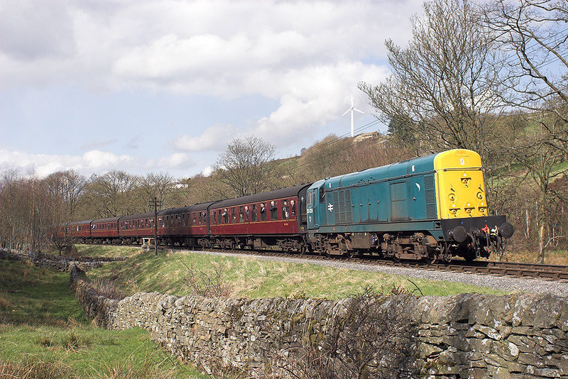 20020 North Ives 27/4/2013<br /> 1520 Keighley-Oxenhope