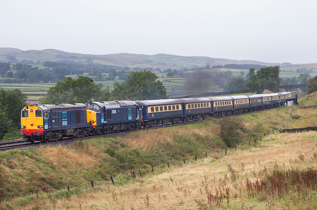 20312 and 37038 Long Preston 18/8/2006<br /> 1Z50 0910 Carlisle-York