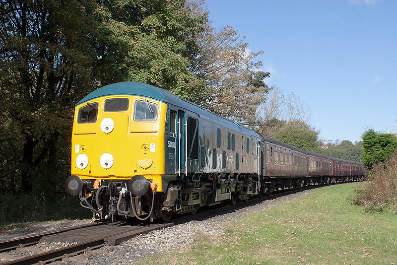 D5081 (24081) Summerseat 14/10/2012<br /> 2J70 1146 Rawtenstall-Heywood