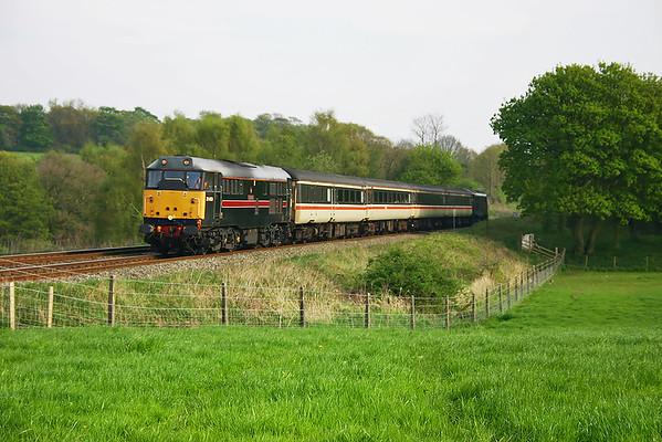 31459 and 31602 Heath Charnock 30/4/2004
