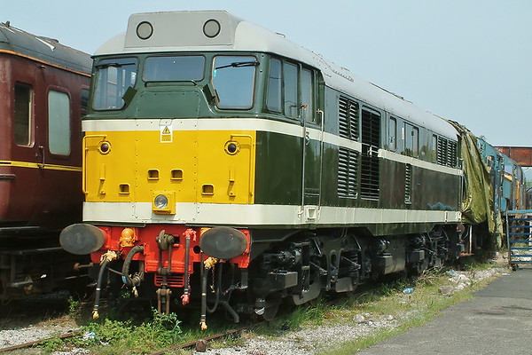 31166 Carnforth 31/5/2003