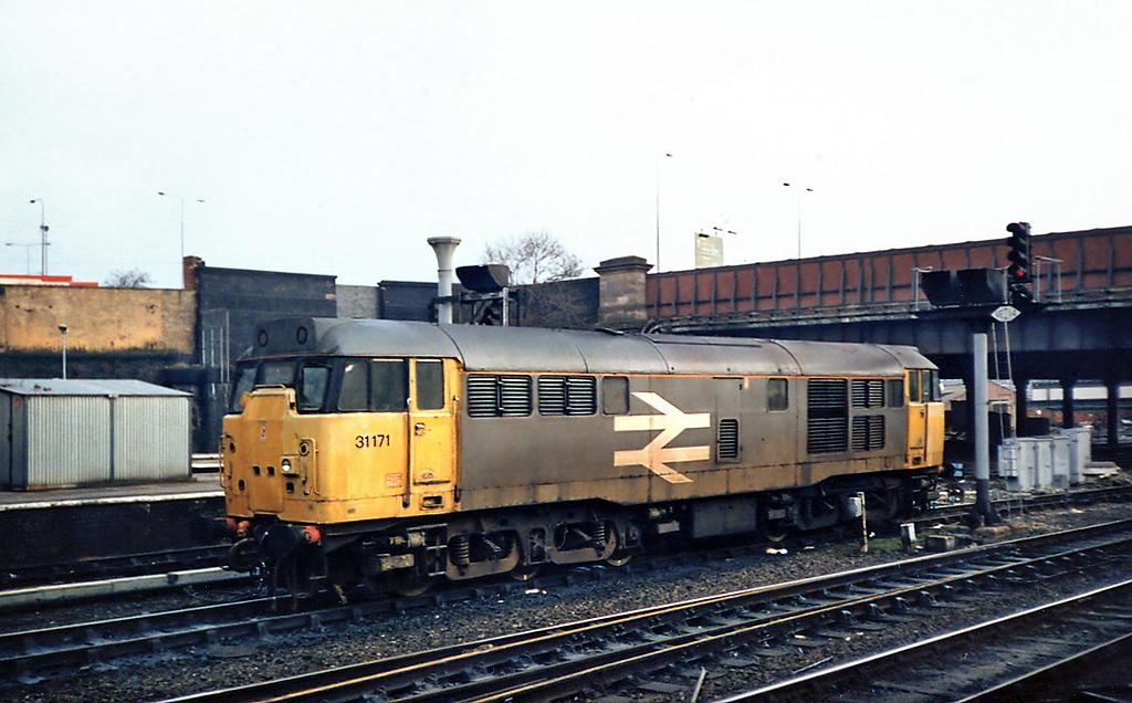 31171 Manchester Victoria 8/5/1991