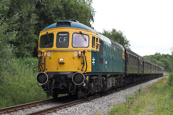 33108 and 33109, Heap Bridge 2/7/2010 2J75 1205 Heywood-Rawtenstall