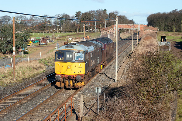 33025 and 37197, Woodacre 8/2/2006 0Z37 1000 Carnforth-Crewe CS