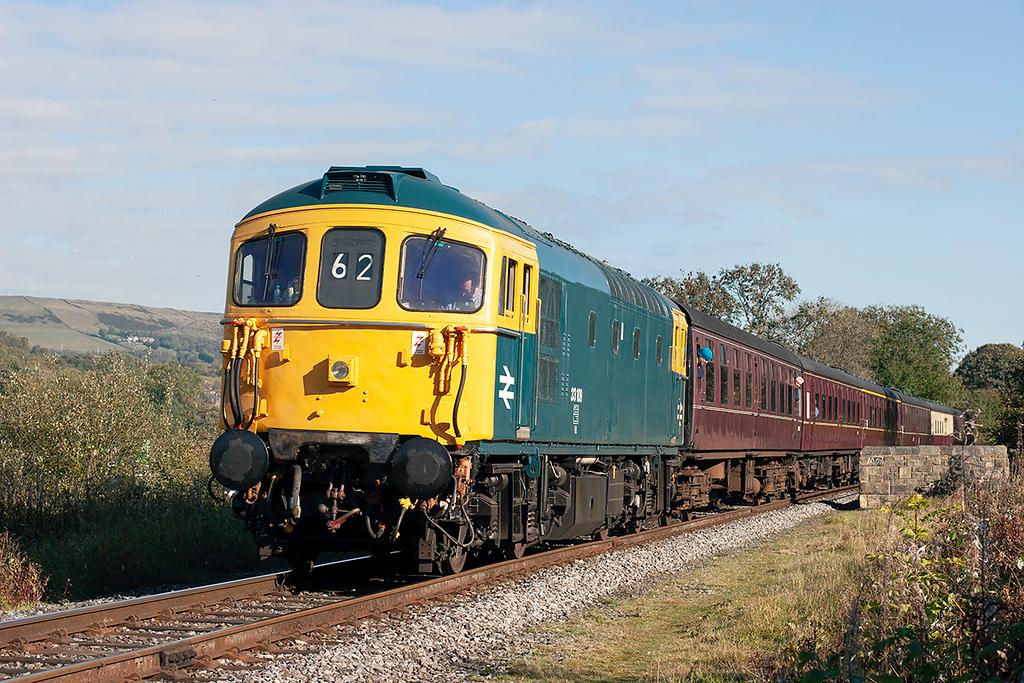 33109 Irwell Vale 17/10/2010<br /> 2J66 1056 Rawtenstall-Heywood