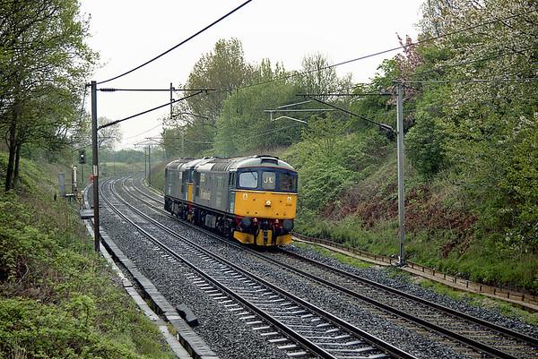 33025 and 33030 Barton 25/4/2003