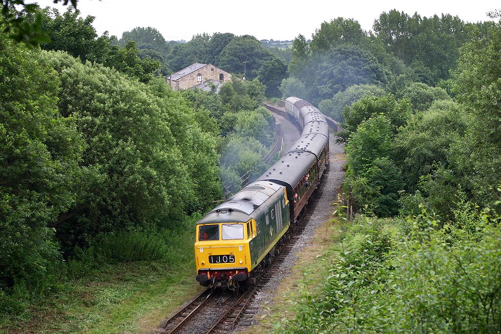 D7076 Summerseat 7/7/2005<br /> 1J11 1310 Bury Bolton Street-Rawtenstall