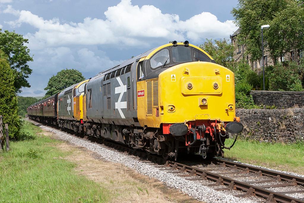 37906 and 37901 Irwell Vale 5/7/2008<br /> 2J82 1526 Rawtenstall-Heywood
