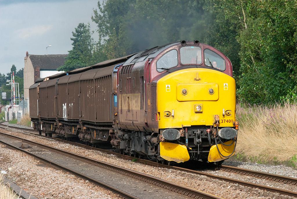 37401 Bamber Bridge 5/8/2009<br /> 6N42 0838 Warrington Arpley-Blackburn