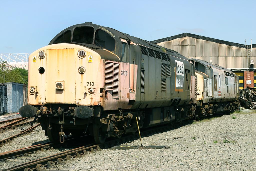 37713 and 37889 Crewe 14/5/2005