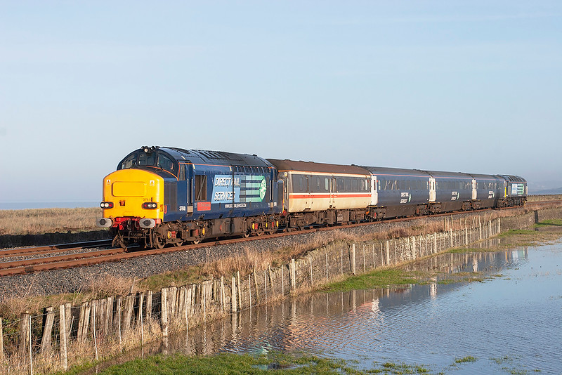 37610 and 47501, Siddick 10/12/2009<br /> 2Z25 1050 Maryport-Workington