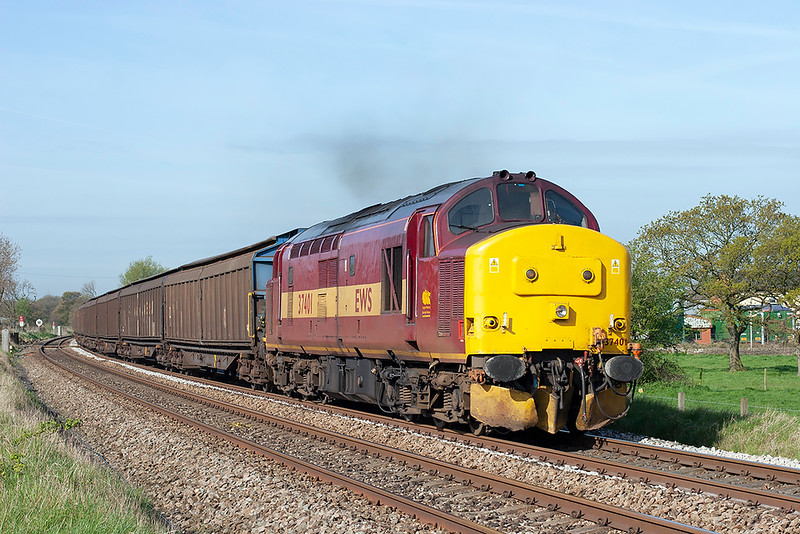 37401 Gregson Lane 22/4/2009<br /> 6N42 0851 Warrington Arpley-Blackburn