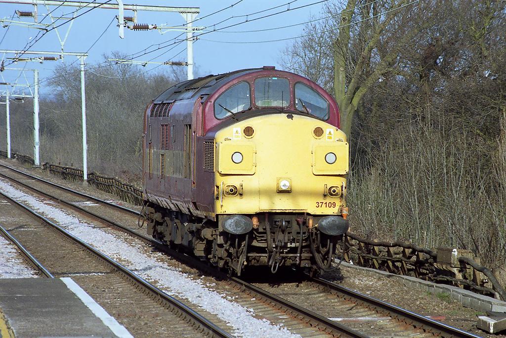 37109 Harold Wood 15/3/2003