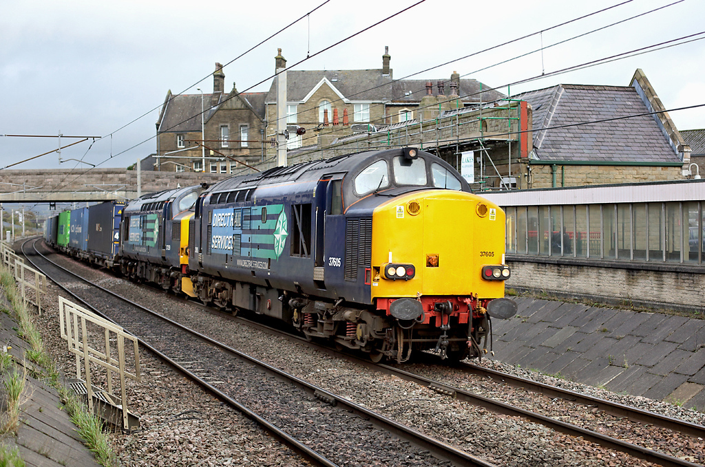 37605 and 37259, Carnforth 1/11/2013<br /> 4M44 0847 Mossend-Daventry