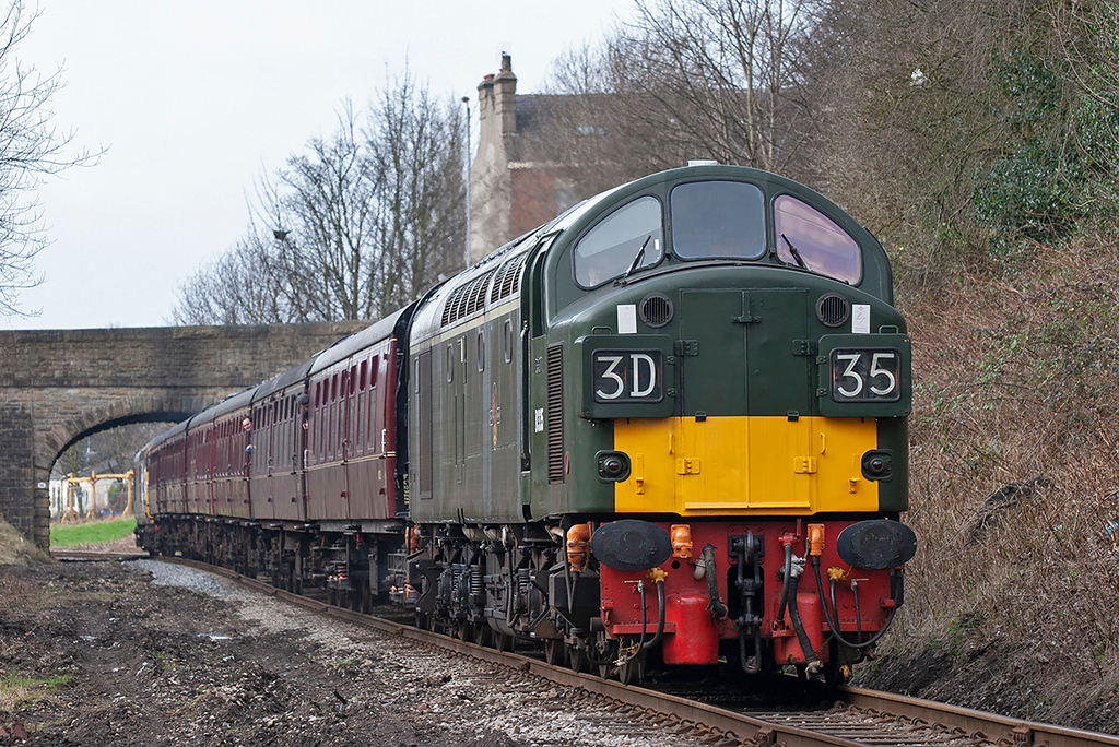 D335 (40135) Pimhole 14/3/2009<br /> 2J70 1146 Rawtenstall-Heywood