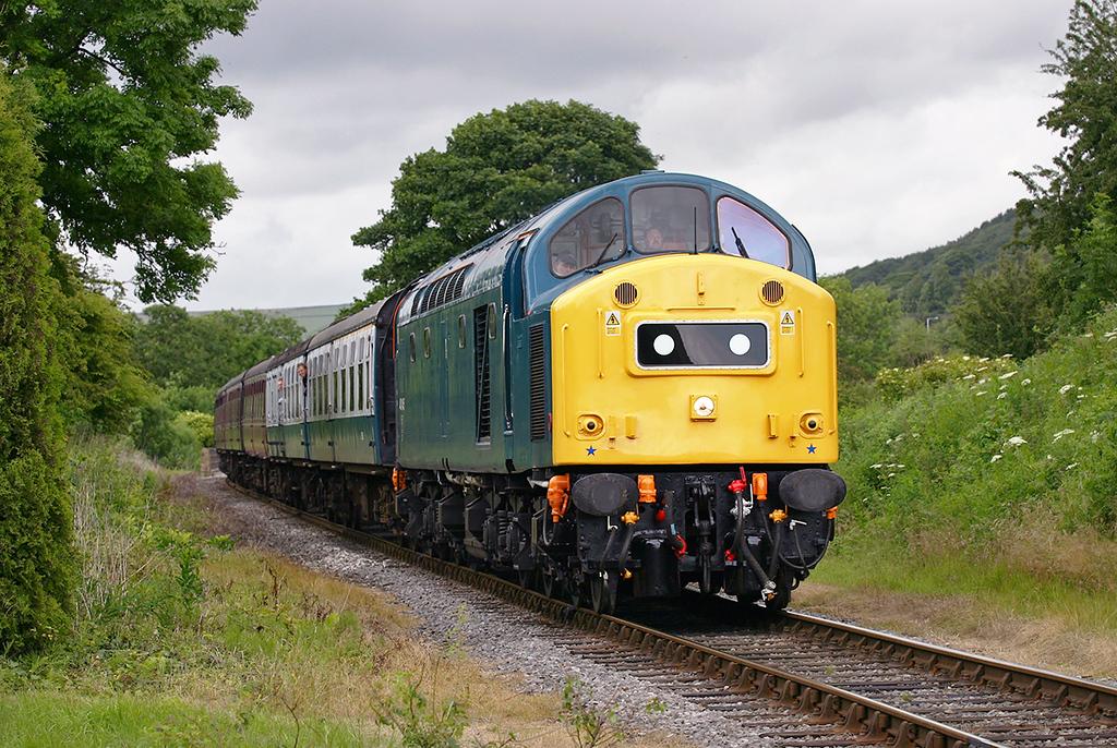 40145 Irwell Vale 6/7/2005<br /> 1J20 1542 Rawtenstall-Heywood