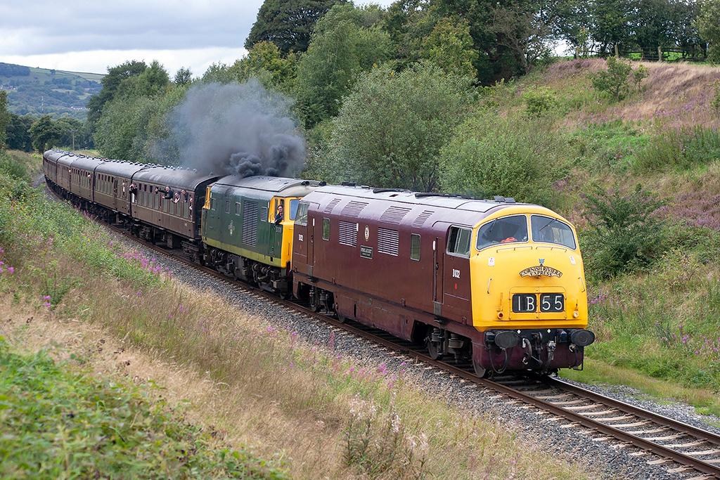 D832 and D7076 Burrs 1/9/2007<br /> 1J82 1526 Rawtenstall-Heywood