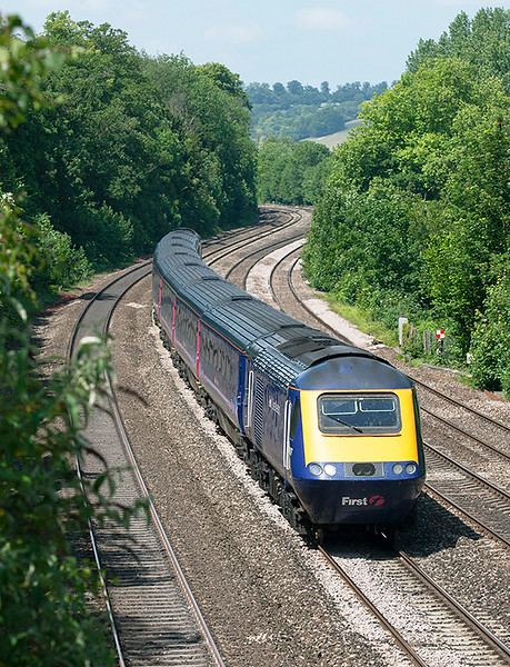 43017 and 43163, Tilehurst 3/6/2011<br /> 1L48 0928 Swansea-London Paddington