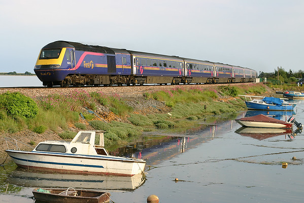 43015 and 43161, Cockwood Harbour 23/6/2005 1A96 1600 Penzance-London Paddington