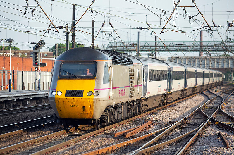 43311 and 43307, Doncaster 16/5/2014<br /> 1S28 1800 London Kings Cross-Edinburgh